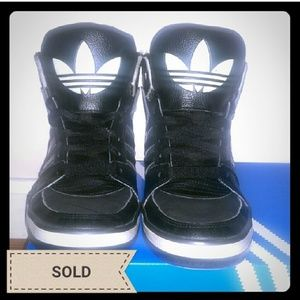 *SOLD* Adidas Vintage Throwback High Tops in b/w